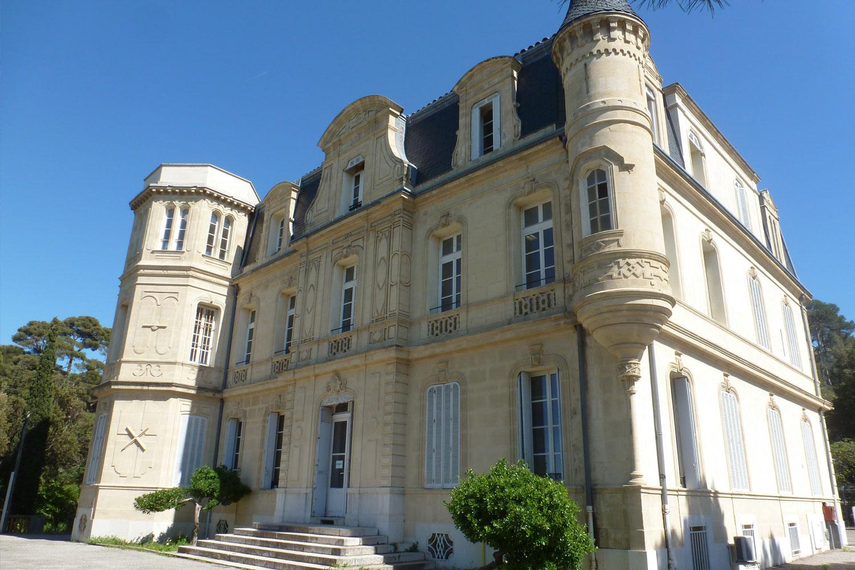 Slide chateau